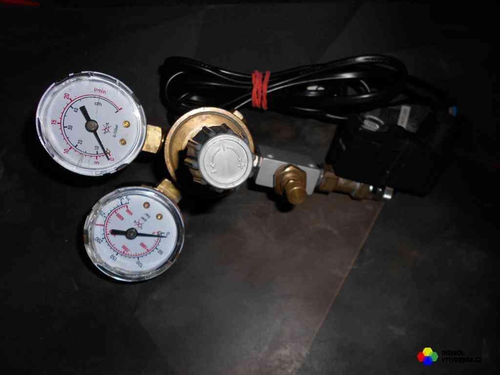 CO2 regulátor s nočním vypínáním (1/1)